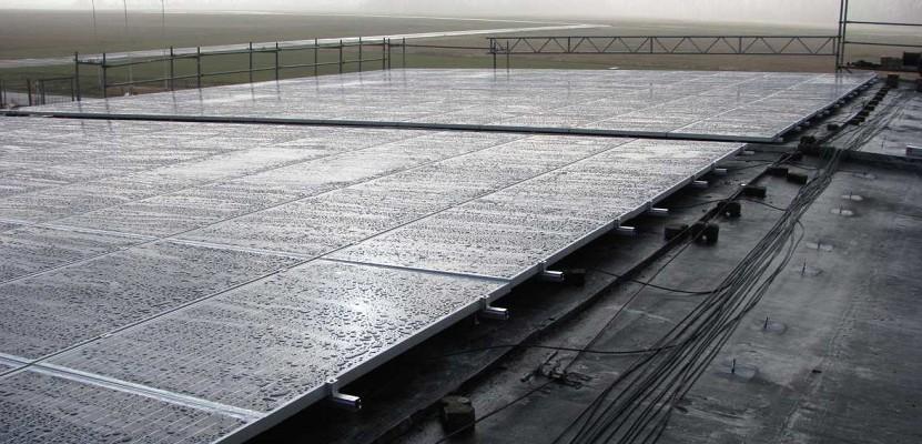 Bild 01 - Solaranlage Flugplatz Riesa VLP Anlagengröße von 220 kWp