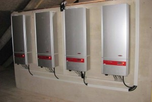 Bild 02 - Solaranlage am Sportzentrum Mittelschule Riesa mit einer Leistung von 38 kWp